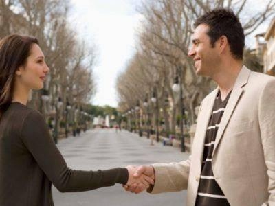6-motive-pentru-care-ar-trebui-sa-inviti-un-barbat-in-oras1