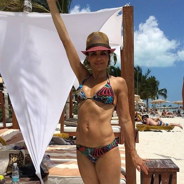 "Lisa Rinna ist im Resort ""Villa Del Palmar"" in Cancun // Lisa Rinna is in the resort ""Villa Del Palmar"" in Cancun"