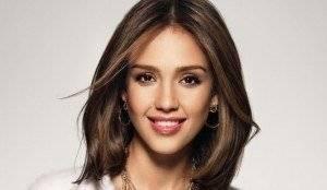 Jessica Alba oval