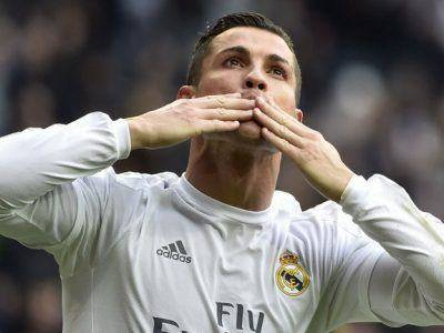 Top-10-cei-mai-sexy-jucatori-de-la-Euro-2016(10)