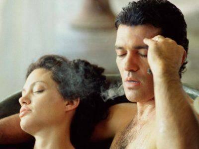 top-10-cele-mai-fierbinti-scene-de-dragoste-din-filme5