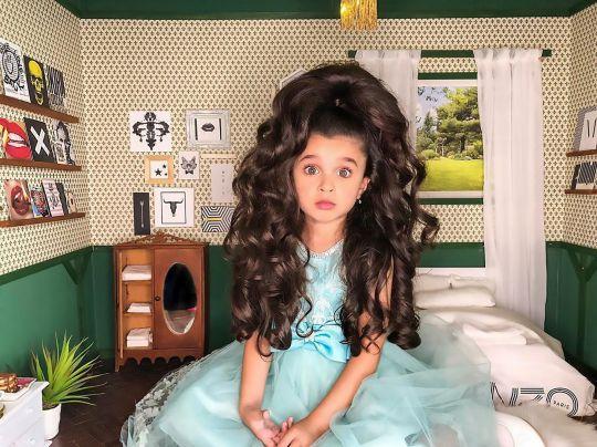 fetița păr