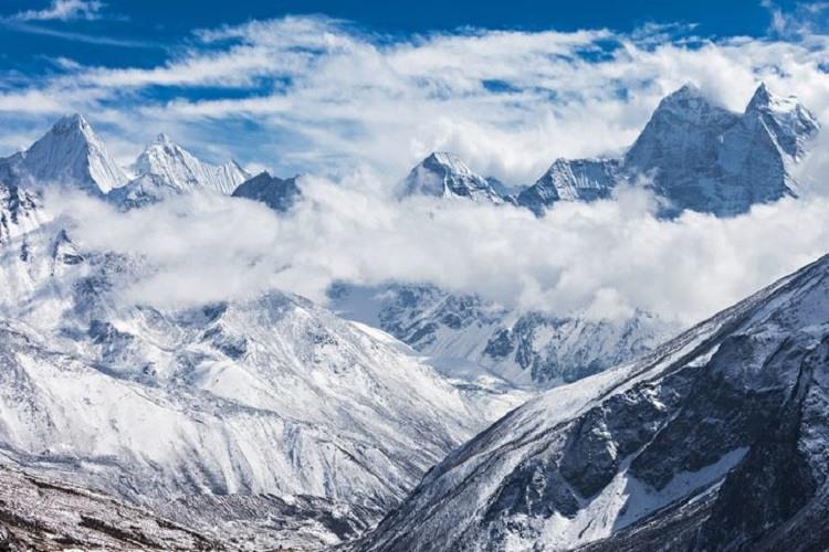 Sateliții dezvăluie dezastrul din Himalaya: viteza de topire a gheţarilor s-a dublat în ultimii ani
