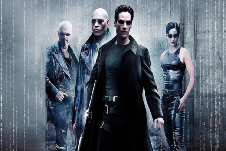 Veşti bune pentru fanii Matrix: revine pe marele ecran