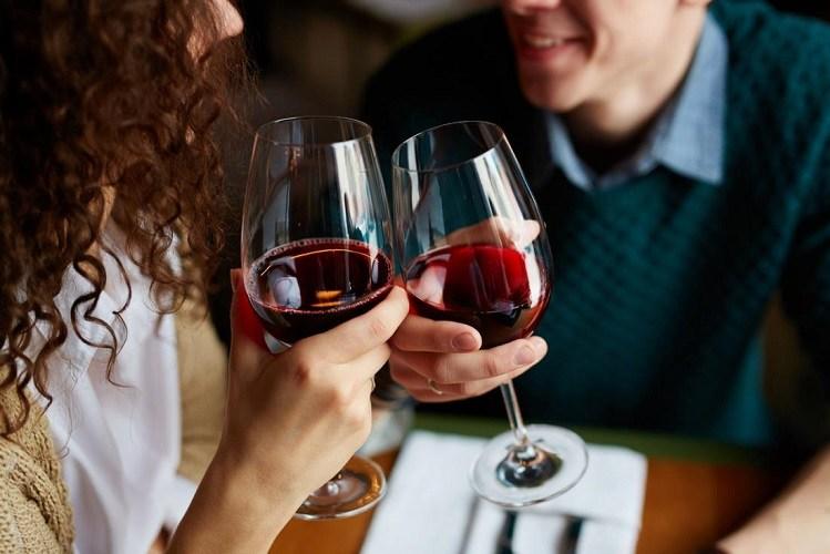vin roșu