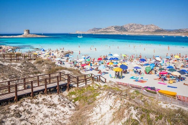 O plajă din Italia introduce taxă de intrare pentru a reduce supraaglomerația