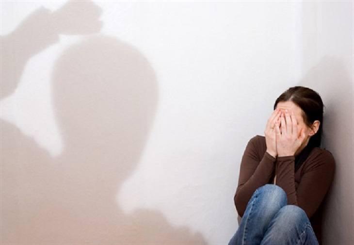 În India se țin cursuri împotriva violenței împotriva femeilor, la noi 30% dintre femei sunt agresate