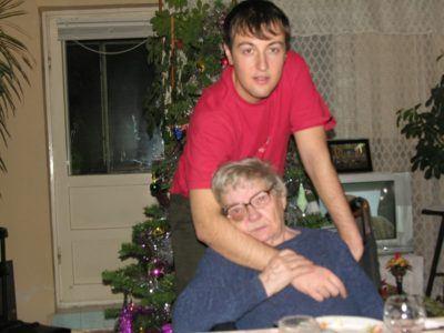 calin geambasu si bunica mama