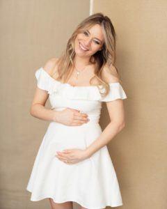laura cosoi gravida