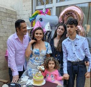 toata familia lui madalin ionescu