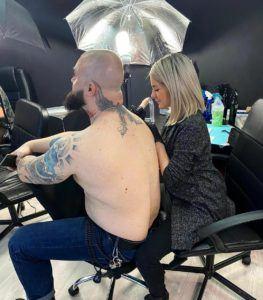 sabrna manoliu tatueaza
