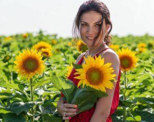 ioana ginghina in floarea soarelui