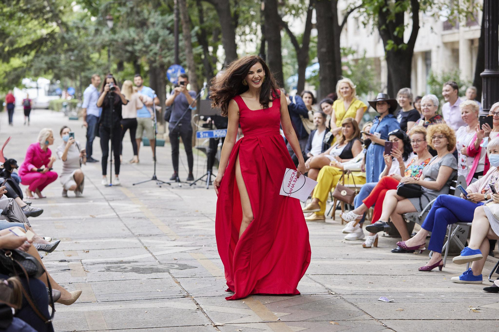 ana donosa in rochie maison oana radu