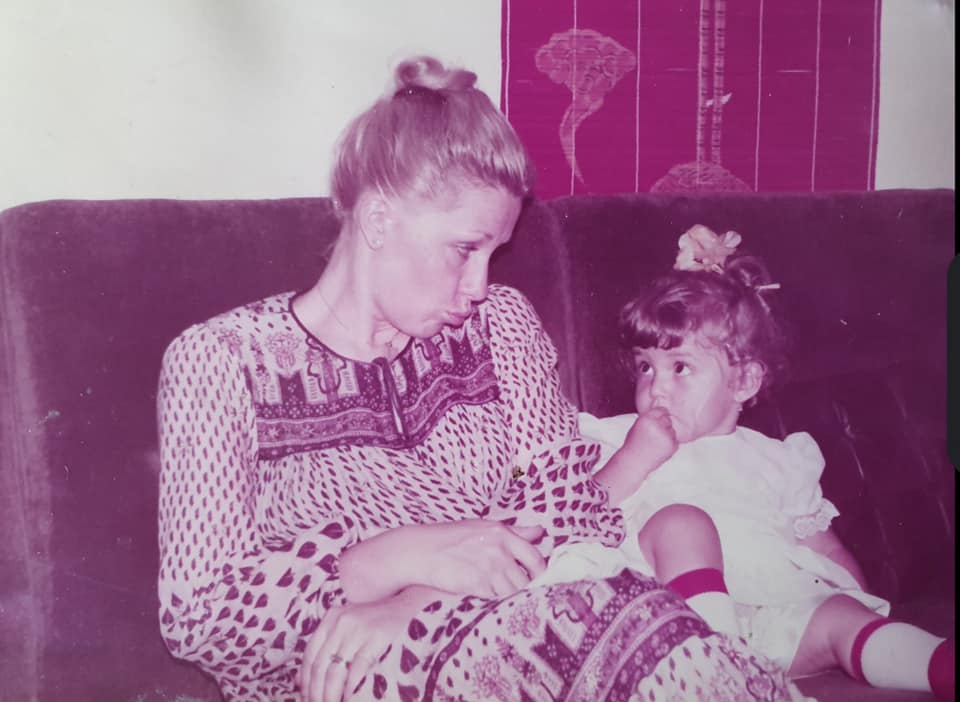 alexandra velniciuc mica si mama ei